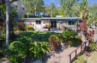 Picture of 32 Manooka Drive, Cannonvale QLD 4802