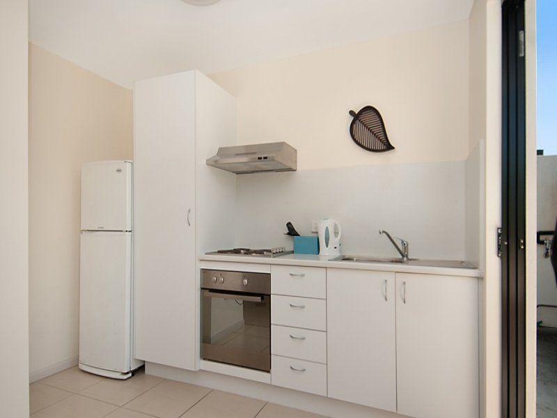 10B/8 Hinley Avenue, Maroochydore QLD 4558, Image 2