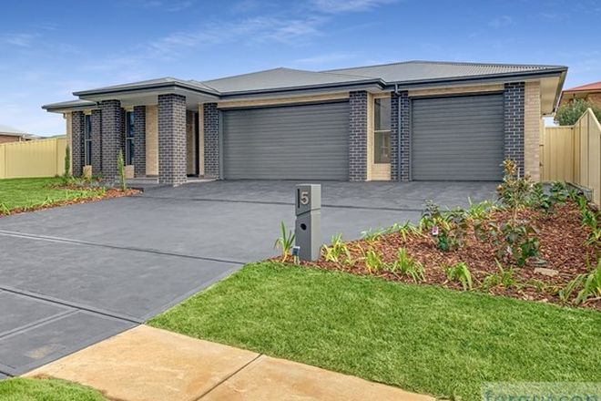 Picture of 5 Monaro  Avenue, COOMA NSW 2630