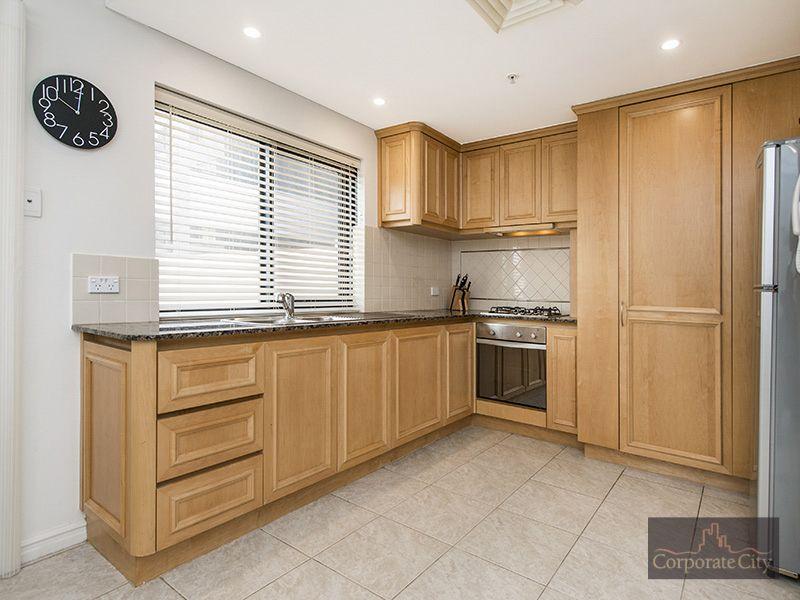 405/9 Victoria Avenue, Perth WA 6000, Image 2