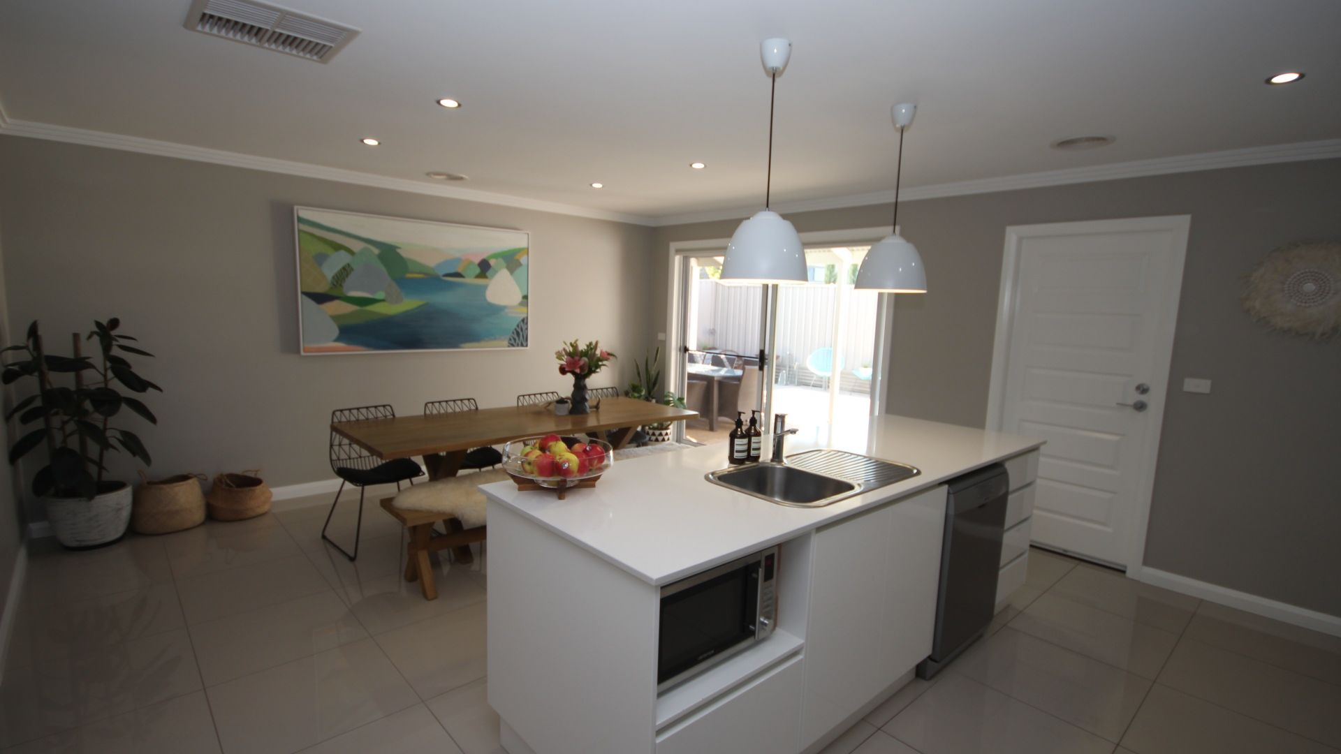28 Springvale Drive, Tatton NSW 2650, Image 2