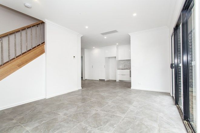 Picture of 1/76 Macrina Street, OAKLEIGH EAST VIC 3166