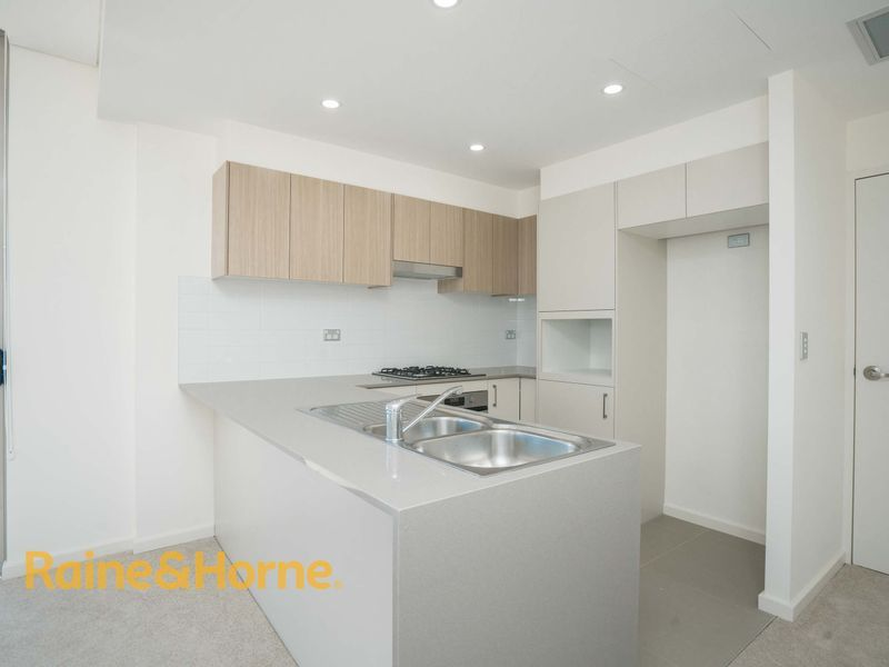 A709/48-56 Derby Street, Kingswood NSW 2747, Image 2