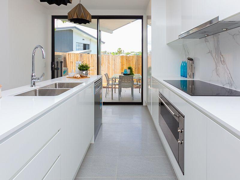 10 Gibson Lane, Morningside QLD 4170, Image 2