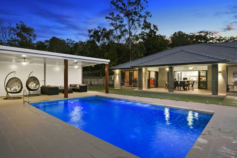 8 Leyshon Court, Bonogin QLD 4213, Image 0