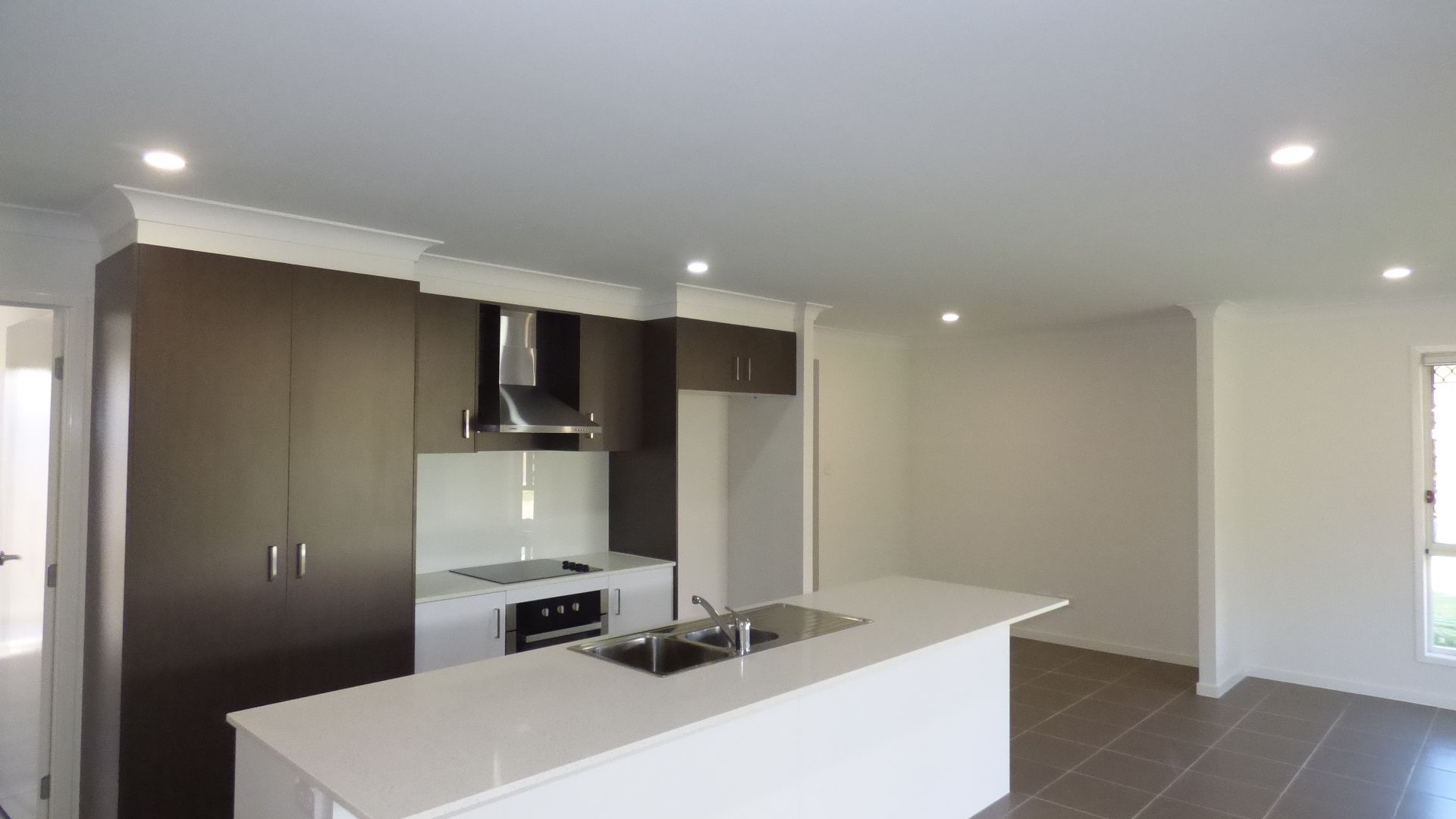63 Highlands Street, Pimpama QLD 4209, Image 2