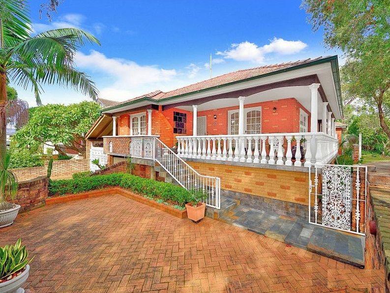 27 Luke Avenue, Burwood NSW 2134, Image 0