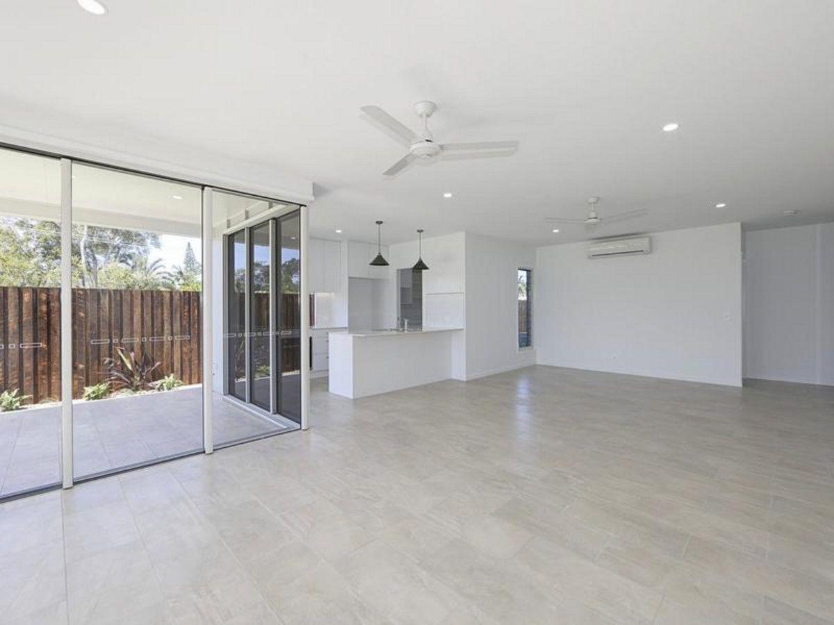 25 Durdins Road, Bargara QLD 4670, Image 2