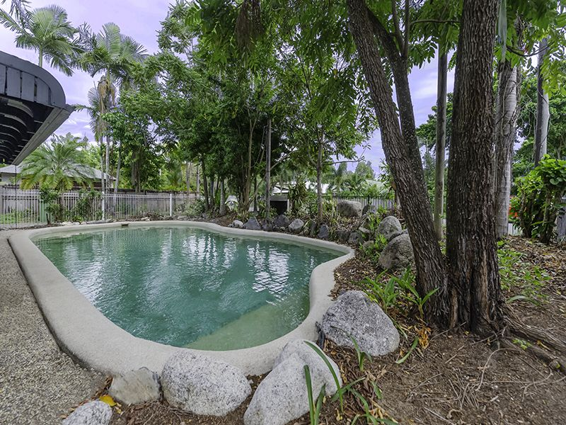 12 Pecten Avenue, Port Douglas QLD 4877, Image 2
