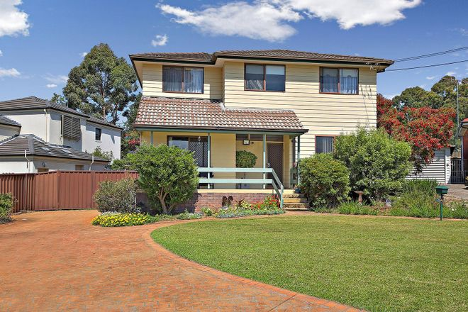 10 Uki Avenue, PICNIC POINT NSW 2213