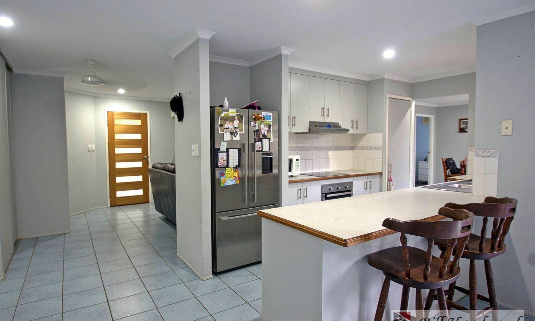 2/8 Elfin Court, Moore Park Beach QLD 4670, Image 1