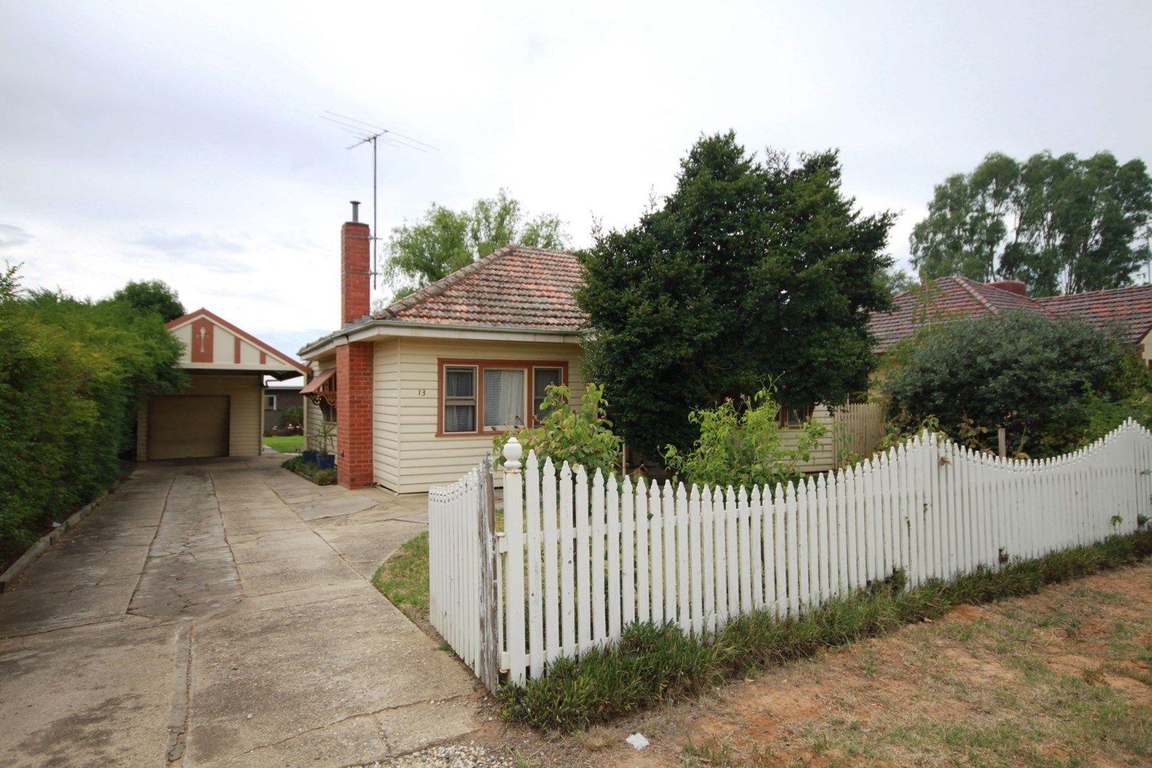13 Callander Avenue, Wangaratta VIC 3677, Image 0