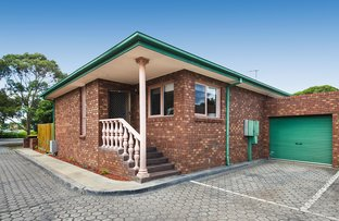 Picture of 1/15 Warrigal Road, Hughesdale VIC 3166