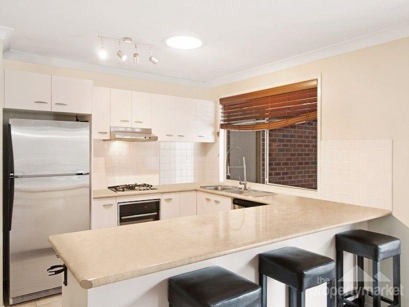 21 Raintree Terrace, Wadalba NSW 2259, Image 2