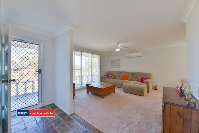 25 Ernest Street, Tamworth NSW 2340, Image 2