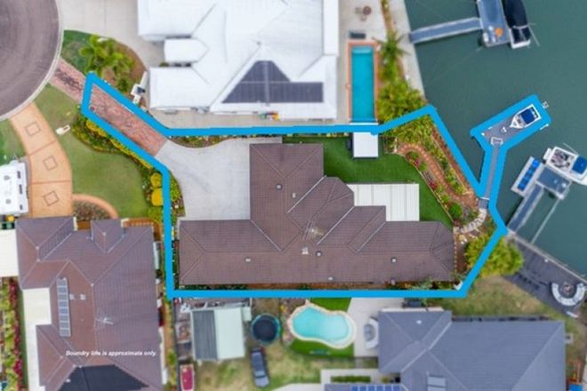 Picture of 11 Seahorse Court, BANKSIA BEACH QLD 4507