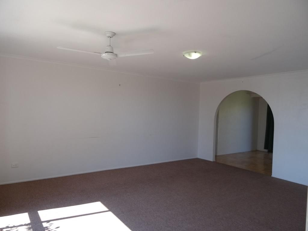 14 Plaza Street, Wynnum West QLD 4178, Image 2