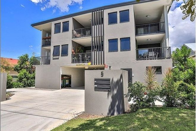 Picture of 2/5 Hodgson Street, ZILLMERE QLD 4034