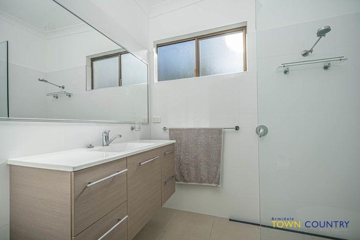 8 Homestead Lane, Armidale NSW 2350, Image 2