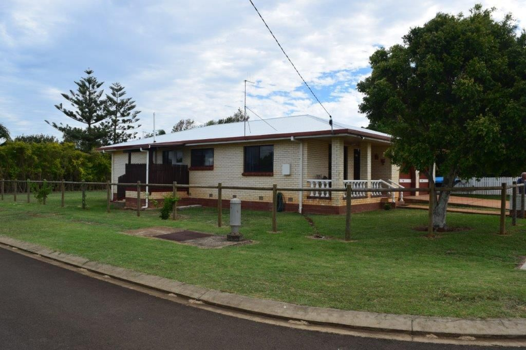 29 Rickerts Rd, Burnett Heads QLD 4670, Image 2
