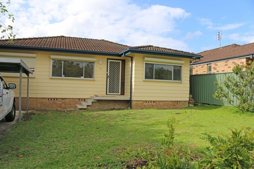 17 Pearce Road, Kanwal NSW 2259, Image 0