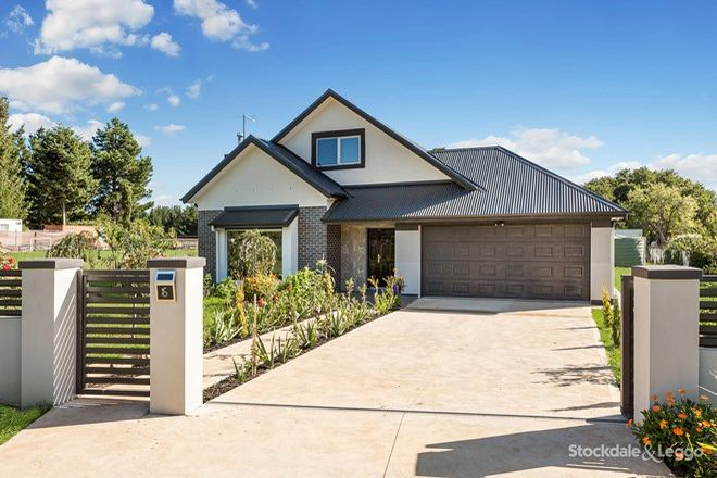 Picture of 16 High Street, LYONVILLE VIC 3461