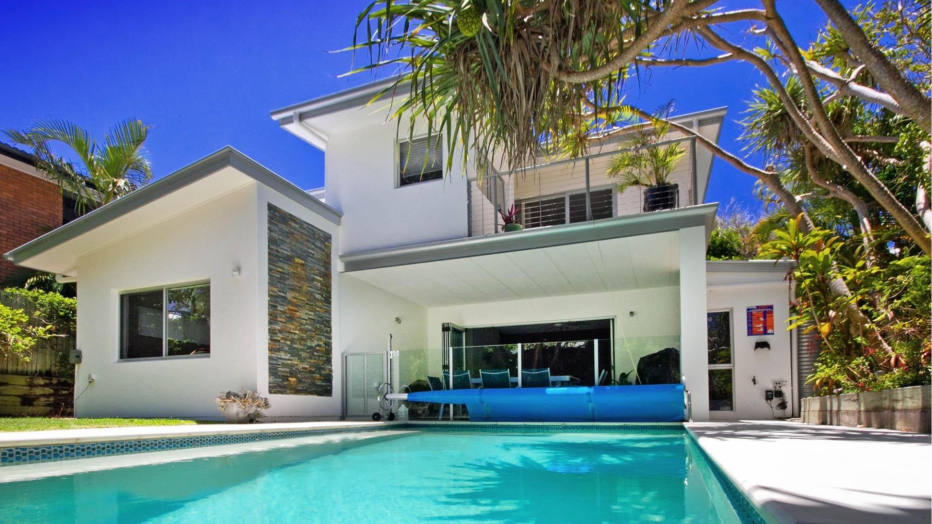 16 Ross Crescent, Sunshine Beach QLD 4567, Image 2