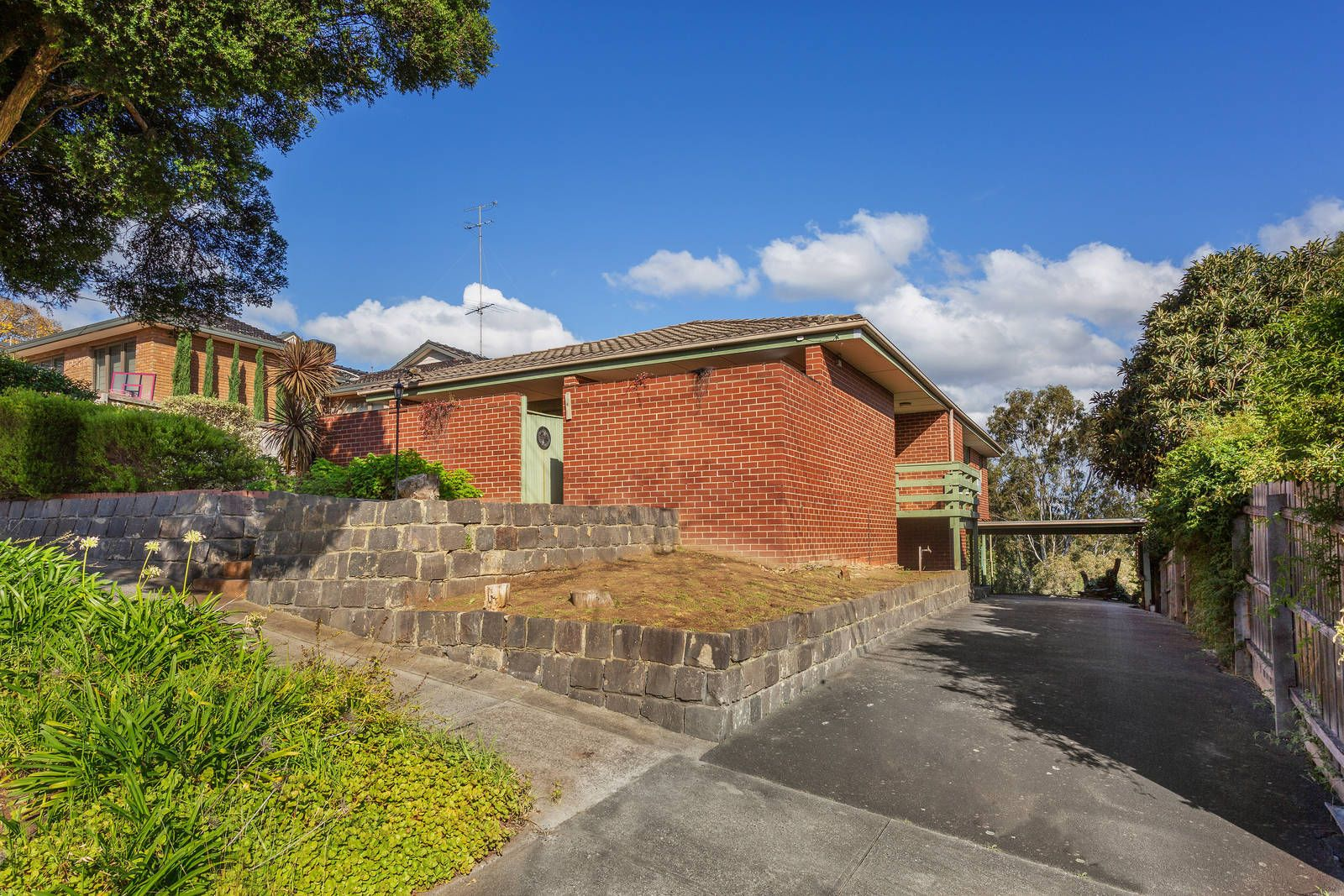54 Rocklea Road, Bulleen VIC 3105, Image 2