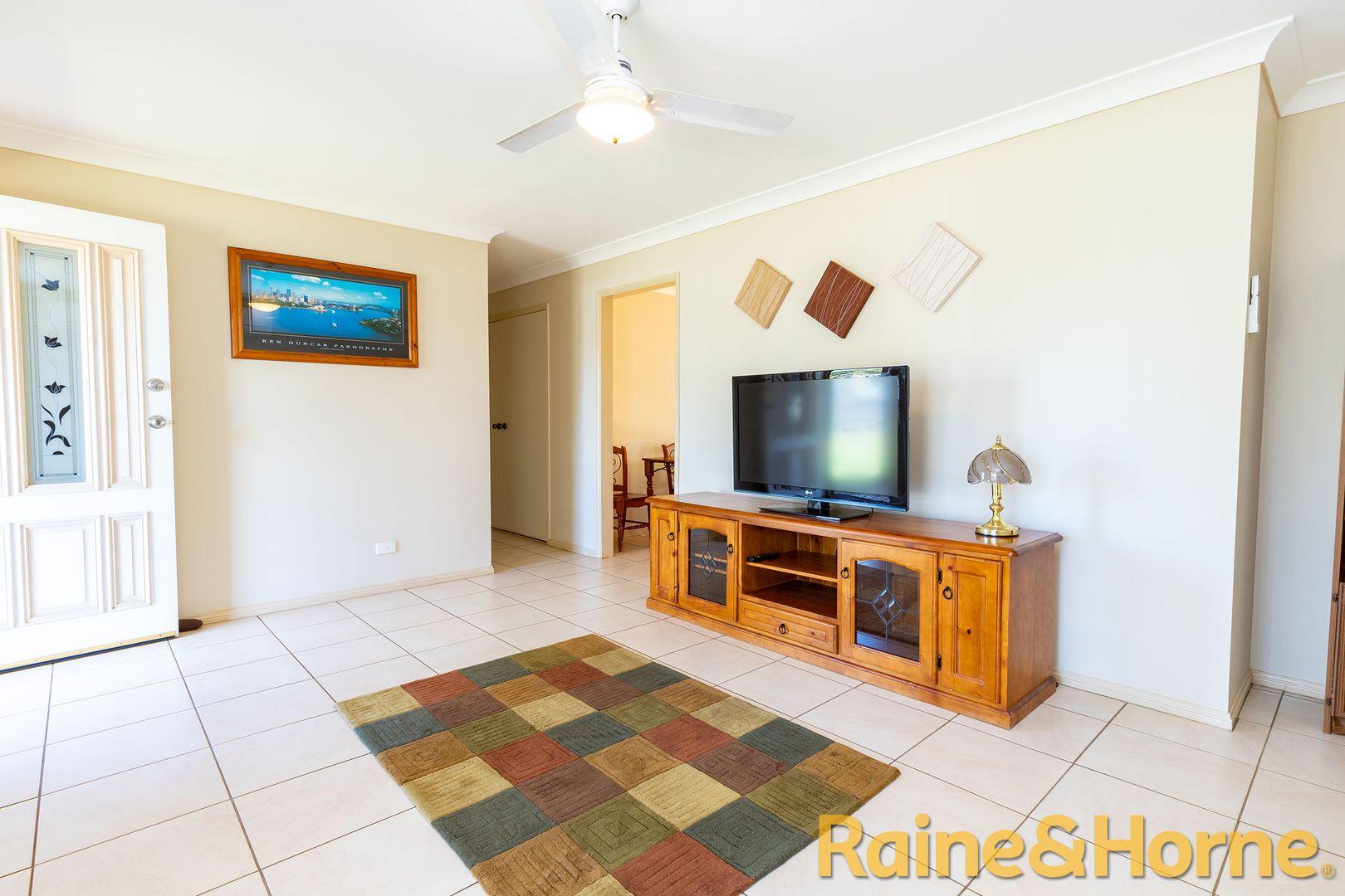 9 Crick Street, Dubbo NSW 2830, Image 2