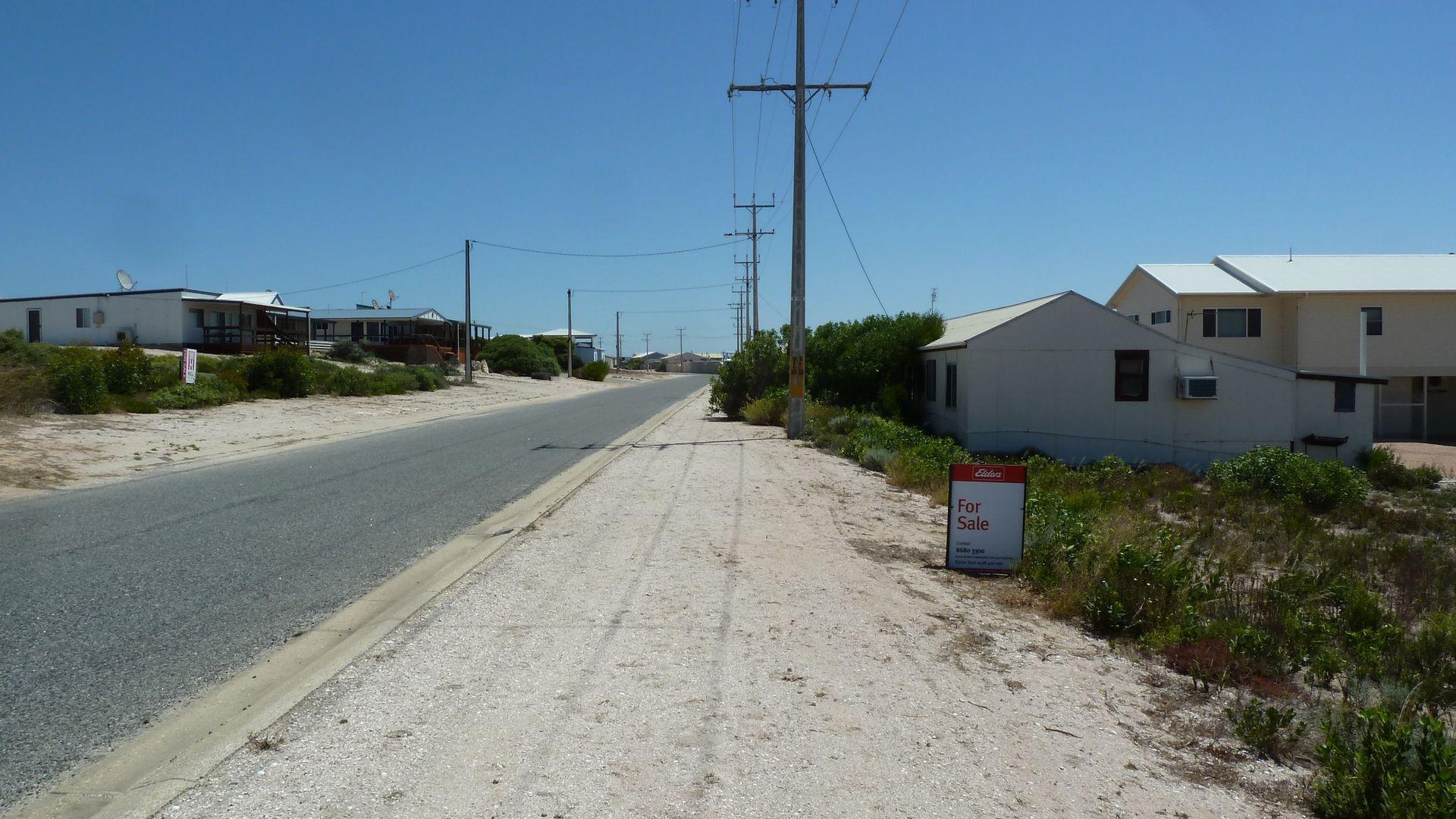 24 English Street, Venus Bay SA 5607, Image 1