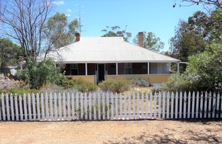 Picture of 42 SMITH STREET, Beverley WA 6304