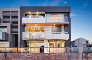 Picture of 12 Socrates Parade, North Coogee WA 6163