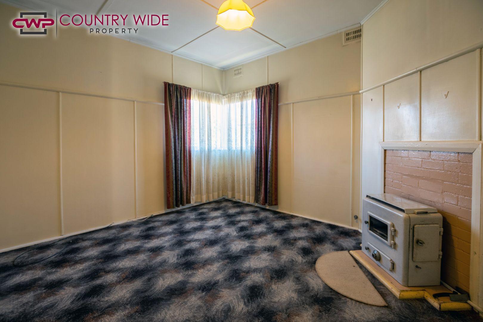 268 Meade Street, Glen Innes NSW 2370, Image 2