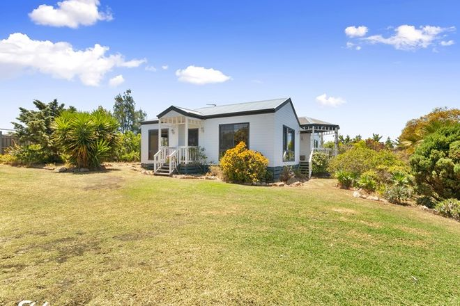 Picture of 14 Ocean View Court, SEASPRAY VIC 3851