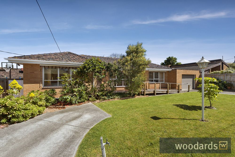 13 McGuiness Road, Bentleigh East VIC 3165, Image 1