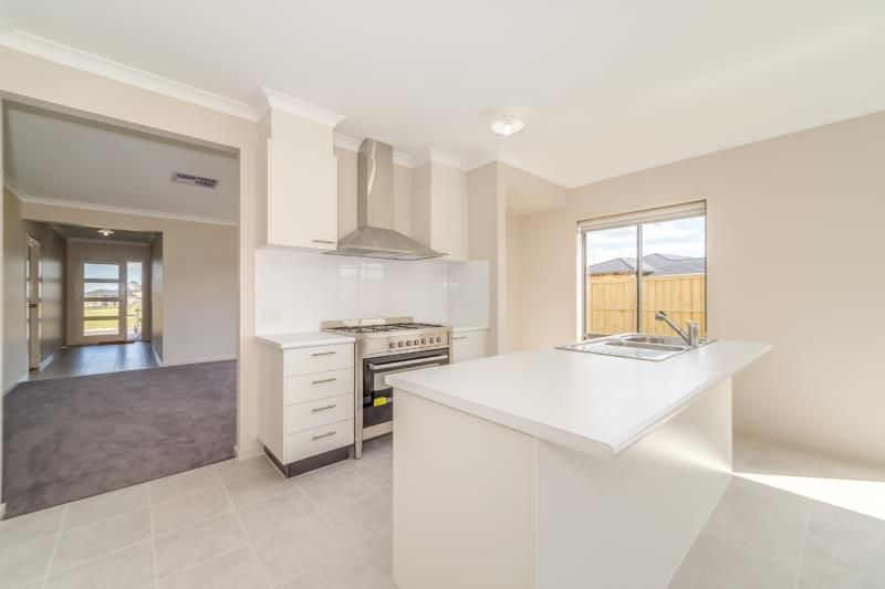 1 Peppercrest Street, Diggers Rest VIC 3427, Image 1