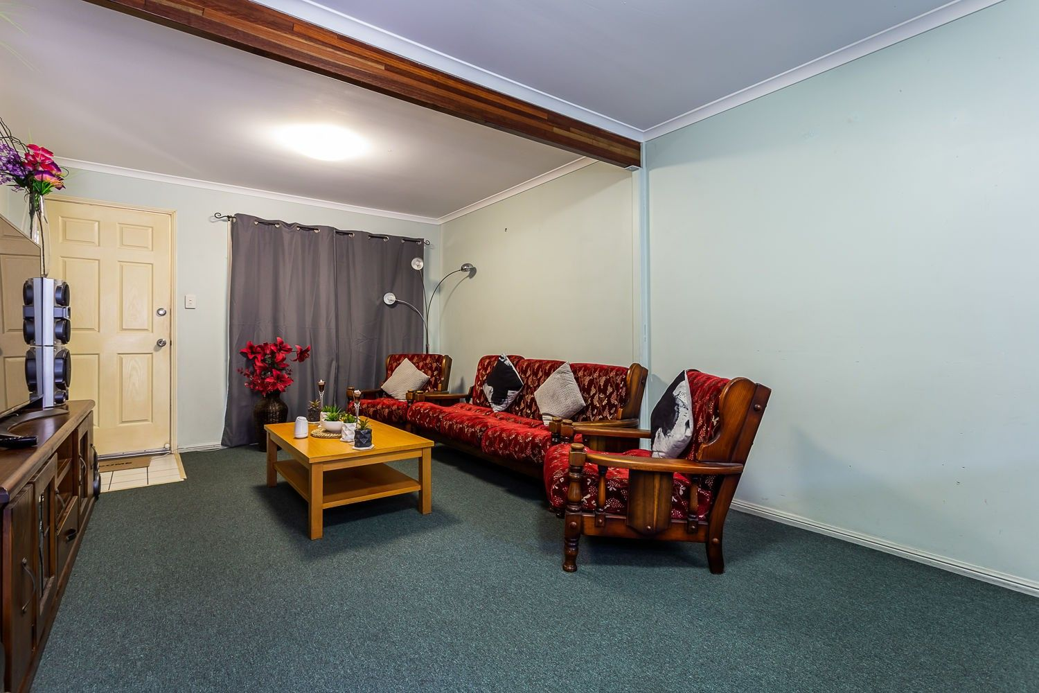 3 Room Flat 3/32 chambers flat road, waterford west qld 4133 | domain