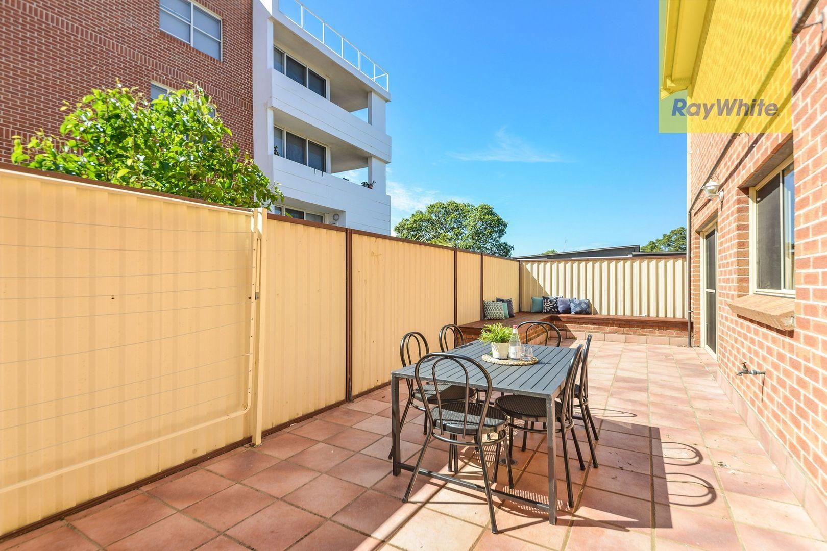 1/1 Brisbane Street, Harris Park NSW 2150, Image 2