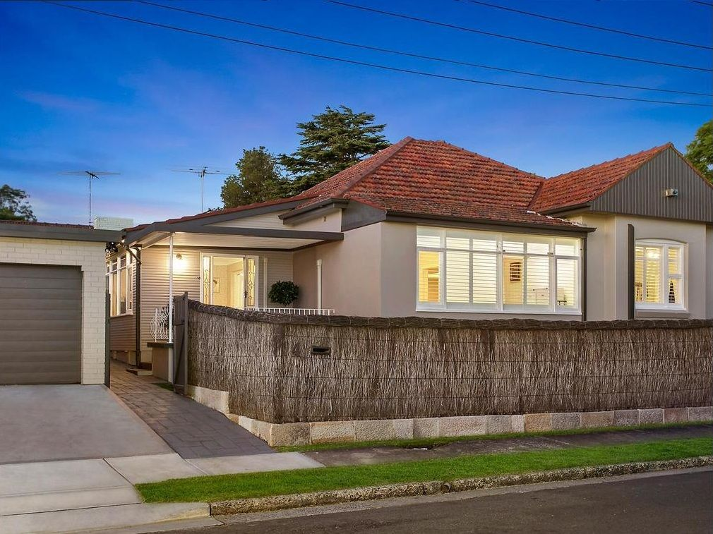 4 Moorefield Avenue, Hunters Hill NSW 2110, Image 0