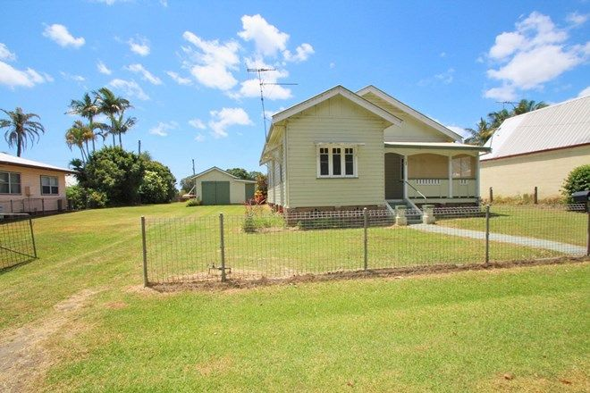 Picture of 33 Chatsworth Island Road, CHATSWORTH NSW 2469
