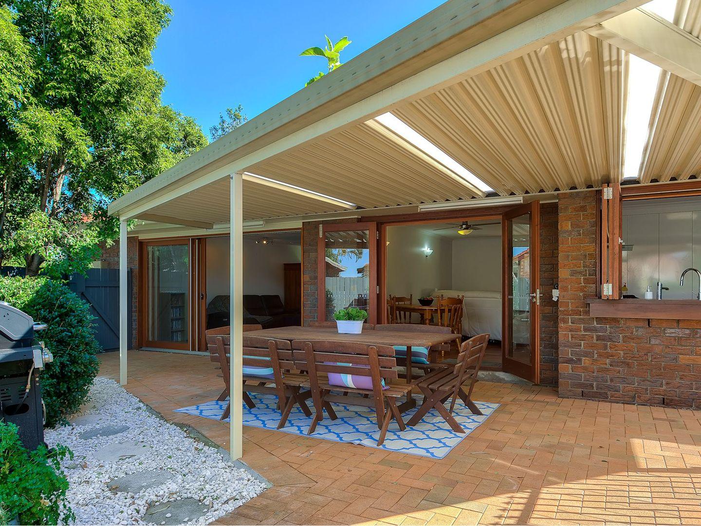 20 Owarra Avenue West, Ferny Hills QLD 4055, Image 2