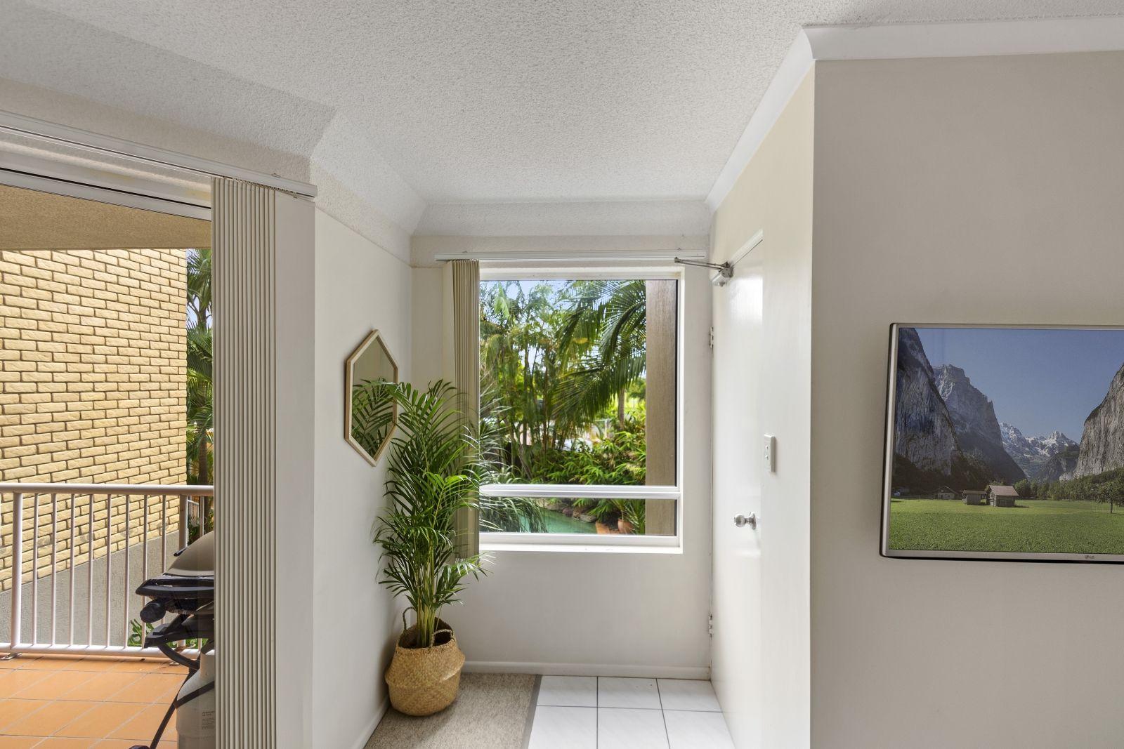 3/35 Fifth Avenue, Maroochydore QLD 4558, Image 2