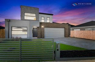 Picture of 2 Willowherb Way, Point Cook VIC 3030