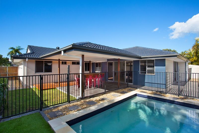 28 Launch Road, Mermaid Waters QLD 4218, Image 2