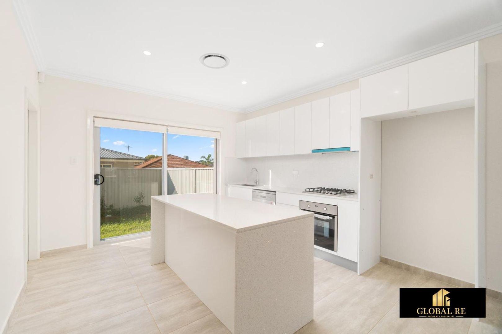 2/13-15 Gibson avenue, Casula NSW 2170, Image 1