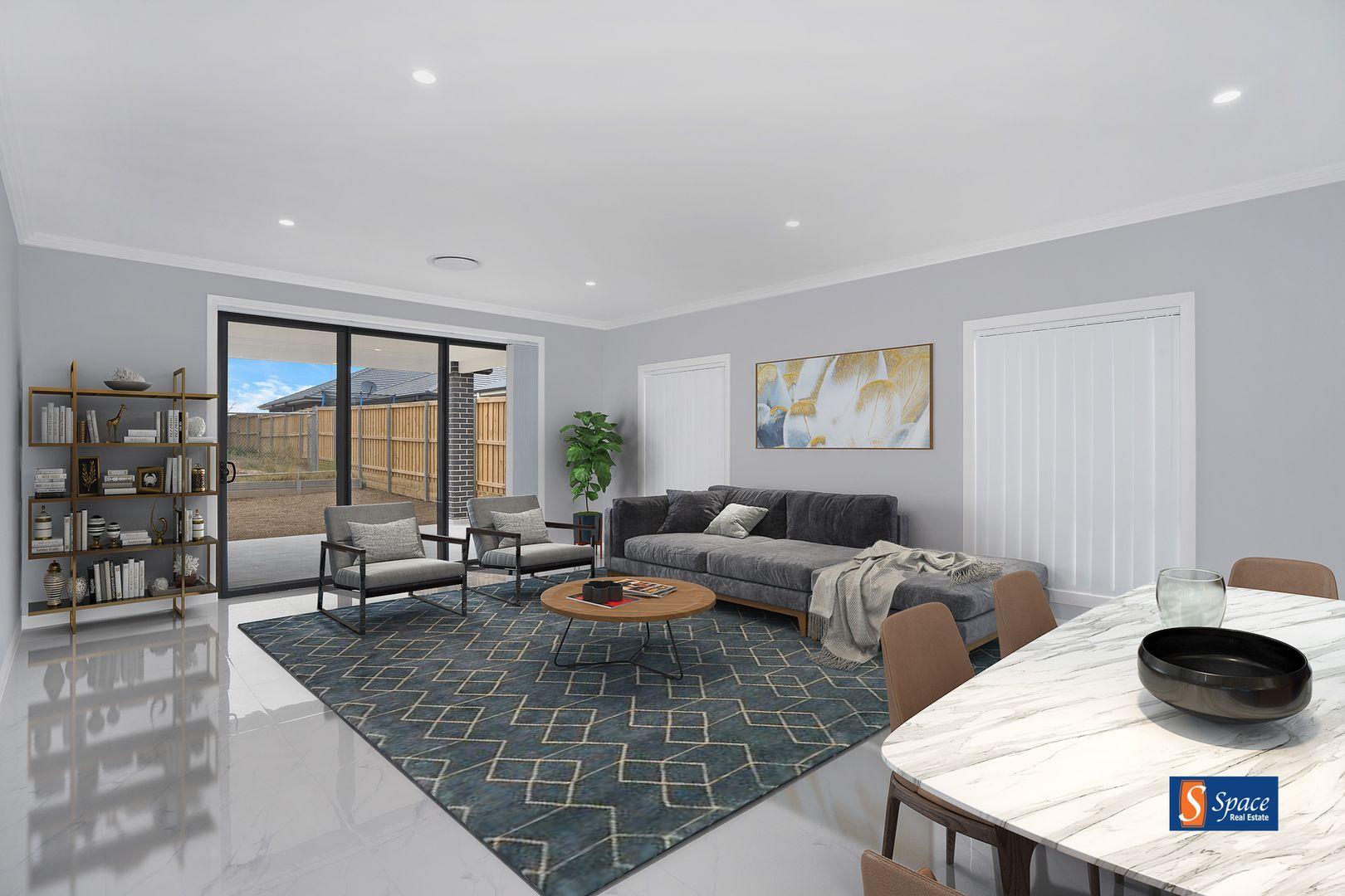 12 Kinghorne Street, Gledswood Hills NSW 2557, Image 0
