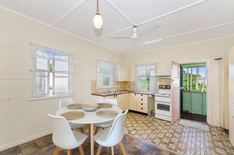 59 Twelfth Avenue, Railway Estate QLD 4810, Image 2