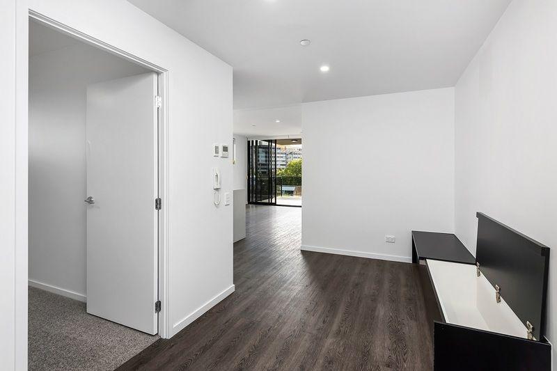 101/28 Wolseley Street, Woolloongabba QLD 4102, Image 2