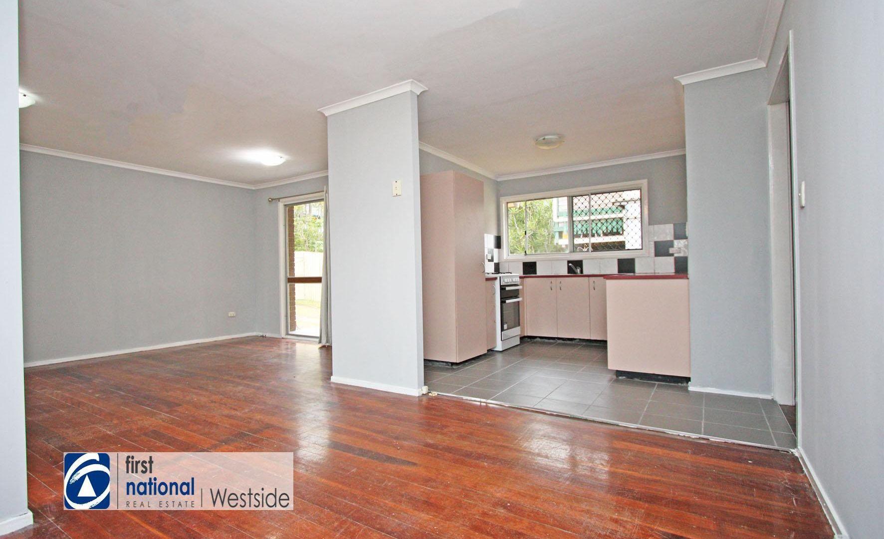 2 Dorsey Crescent, Bundamba QLD 4304, Image 2