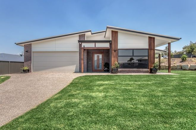 Picture of 35 Dredge Circle, BRASSALL QLD 4305